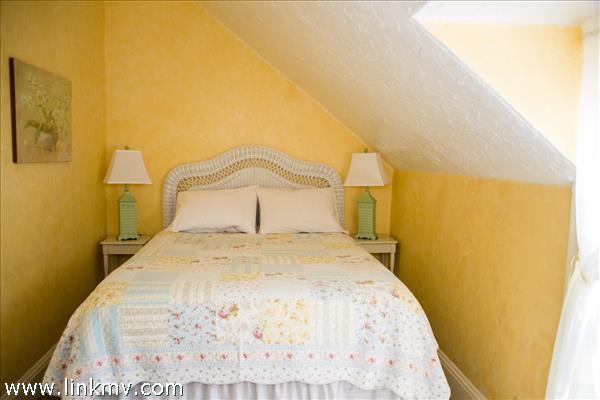 Room 5, Queen  mini split, 2nd floor,