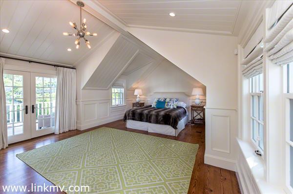 Master Bedroom Suite Has Vaulted Ceiling, Walk-In Closet, Full Bath, Deck. Second Floor